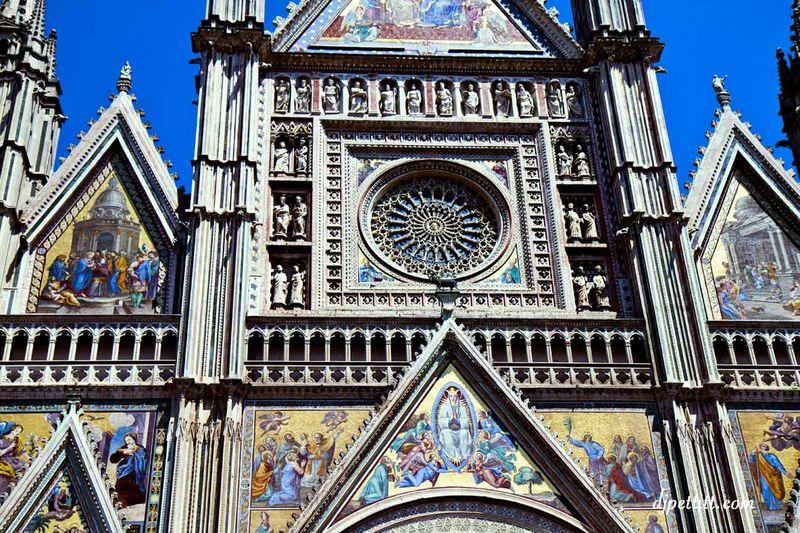 Italy65